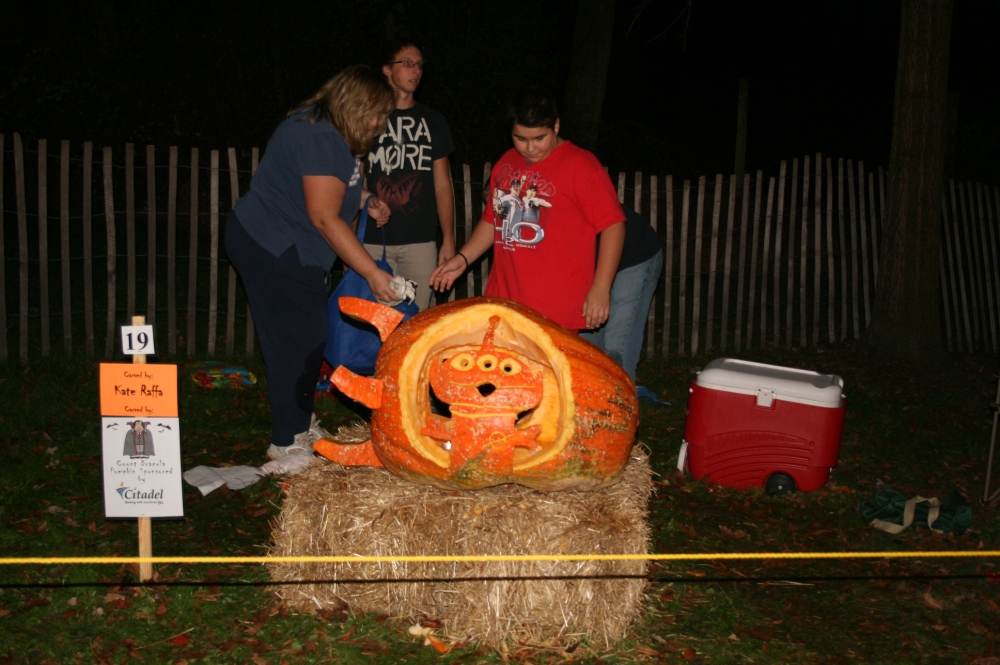 Chadds Ford Great Pumpkin Carve event (6/6)